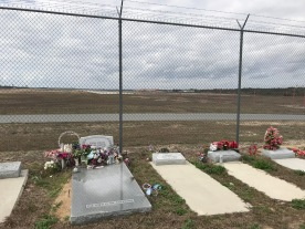 Airport Cemetery graves