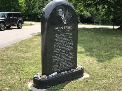 Gravesite of Alan Freed